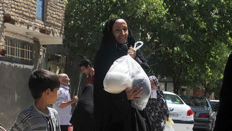 Rohani starts 2nd round of food welfare deliveries
